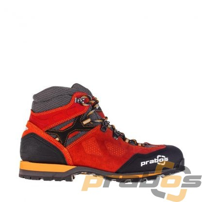Czerwone buty trekkingowe na lato nie tylko w Tatry.