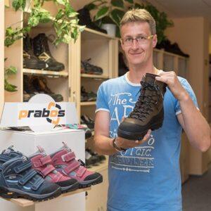 Prabos buty trekkngowe prosto z taśmy produkcyjnej